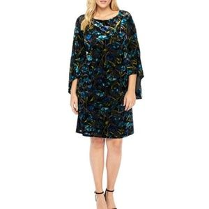 NWT The Limited Burnt Out Velvet Bell Sleeve Dress
